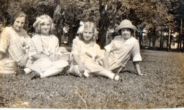 Auntie Cissie and girls prior to emigration