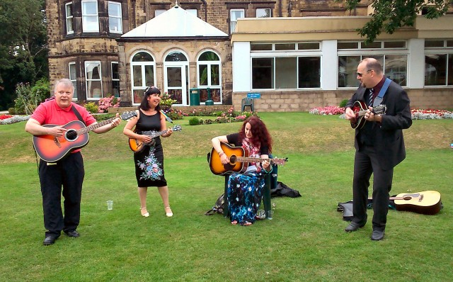 Swanwick busking on the lawn