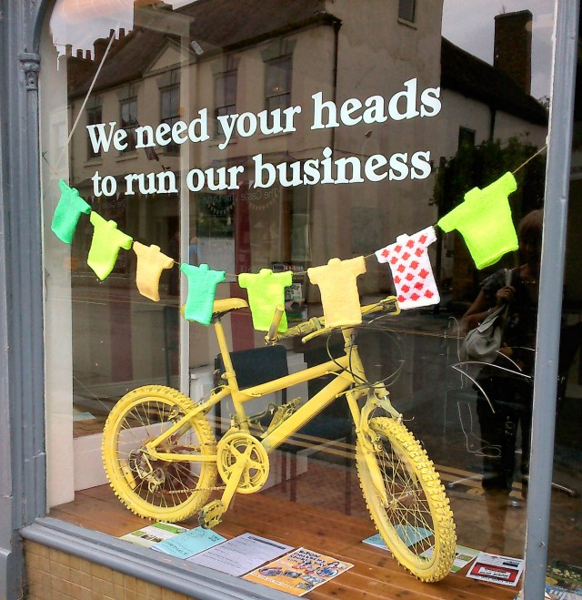 tdfbarberswindow